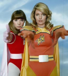 Electra Woman and Dyna Girl - TV Superheroes